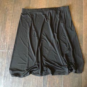 Dresses & Skirts - Black comfy Skirt